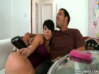 Boyfriend cheats with Girlfriends aunt