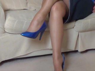 Milf ala nylons pantyhose legs - Mature Porno Kanal - Ny Milf ala ...