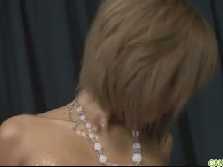 Naoliwione w górę blond pervert riku hinano cipka fond