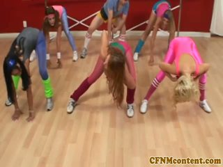 Cfnm femdoms nykiminen kukko at aerobics
