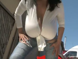 hq solo girl more, huge tits more, outdoor