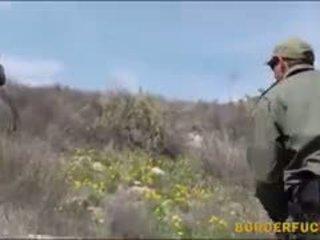 Туга латинка kimberly gates gets nailed по patrol agent
