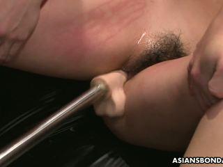 Slamming її з іграшки так вона gets від жорсткий: безкоштовно порно 64