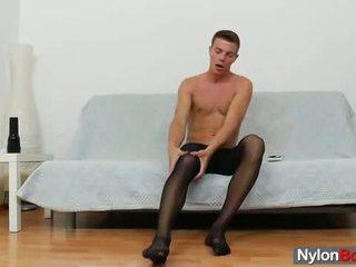 Buzi guy teasing övé fasz -ban panty-hose