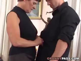 heet grannies seks, matures film, heetste oude + young film