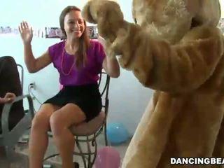 Strippers في bachelorette حزب الحصول على bj