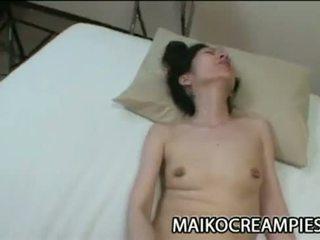 Mature Japanese Nobue Toyoshima Wants Her Body Get Pleasured