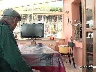 Schön titted französisch brünette banged von papy voyeur