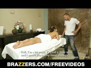Brazzers - büyük ğöğüslü tabu arap esperanza gomez gets bir menstruasyon