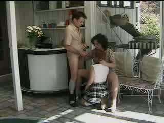 Feleség lets férj fasz neighbours girly