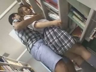 خجول تلميذة متلمس و used في ل مكتبة