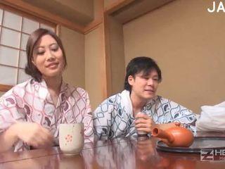μελαχροινή, πραγματικότητα, ιαπωνικά