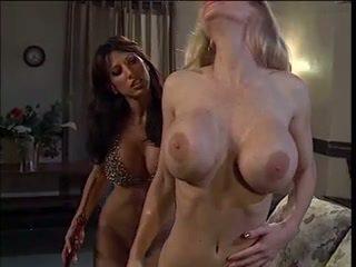 blondīnes, big boobs, lesbietes