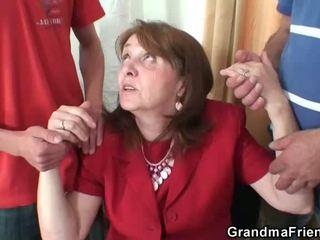 vyresnis, senelė, močiutė