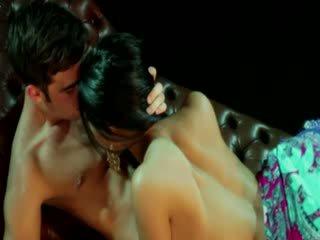 Gypsy goddess mulheres receives stimulation a partir de dela lover