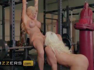 big boobs, aptuvens, pussy licking