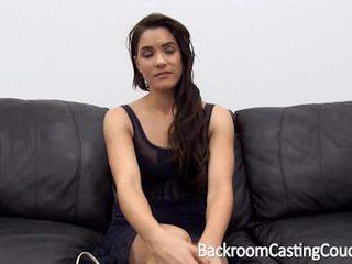 Surpresa ninfomaníaca anal casting