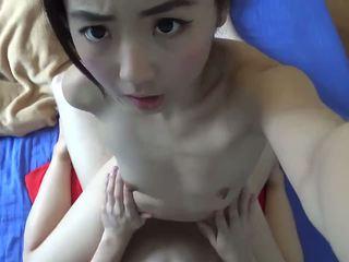 亚洲青少年