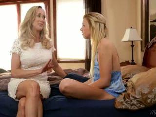 Brandi Love teaching her Step Daughter Tara Morgan <span class=duration>- 6 min</span>