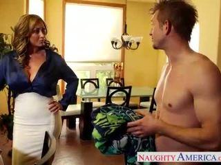 Menjijikan mama eva notty hubungan intim titit dengan dia tetek