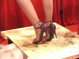 milfs, fetish këmbë, najloni