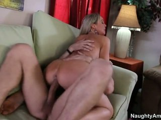 Bigtitted Neighbor, Abbey Brooks
