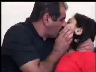التركية فتاة fucks مع yilmaz sahin فيديو