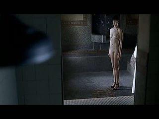 Olga kurylenko plný frontal pohlaví scény