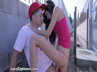 Zoey kush blows ho ven doors