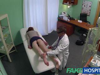 아름다운 아마추어 환자 엿 와 fraud 의사
