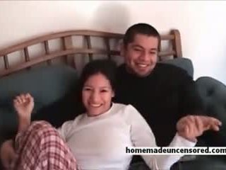 Stor tit amatør filipino kjæreste knullet pupper