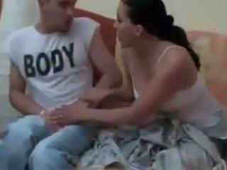 Broer in wet en sister in wet alone bij thuis ruseneca