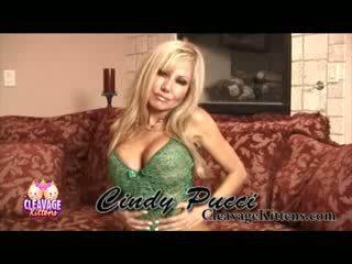 Cindy pucci šķelšana kitten