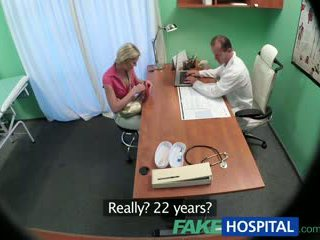 Fakehospital štíhle naivka wants sex s doktor