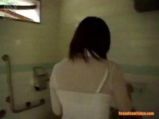 شفهي xxx في ال baths