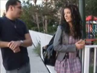 Pusaudze gets grūtniece no a creampie jāšanās