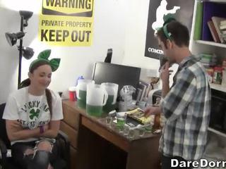 høyskole, fest, hardcore hjemmefest
