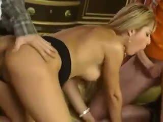 Regina Ice - La gouvernante
