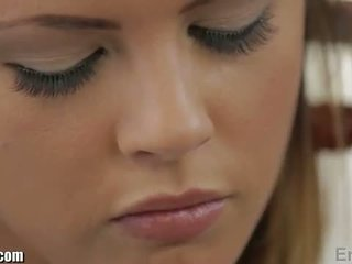 Erotika x: keisha grey gets banged keras oleh james deen