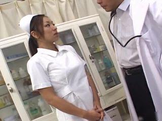热 性别 护士 episodes