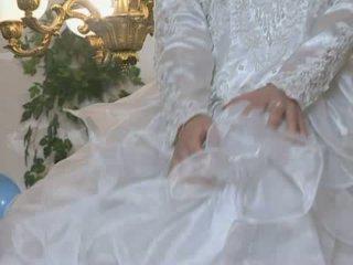 Heet bruid gets geneukt in huwelijk jurk