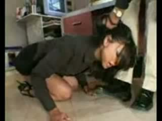 Stupid employee brutally destroyed podľa frustrated šéf