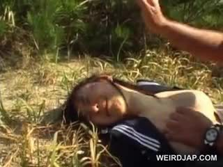 Innocent aziatike shkollë vajzë i detyruar në e pacensuruar seks përjashta