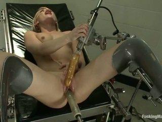 Ash hollywood gets robotic leksak i den clinic