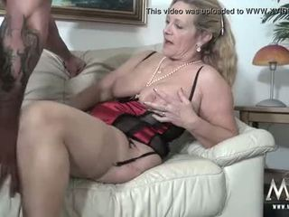 Mmv filmas seksuālā vecmāmiņa tries svaigs jock meat