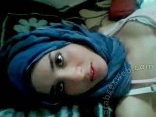 Goergeous arab babe med bf-asw1039