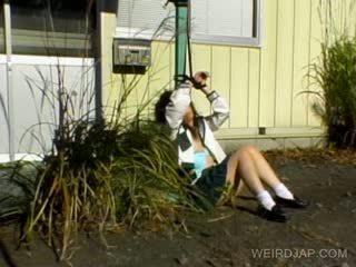 เอเชีย เด็กนักเรียนหญิง shows ขนดก สำส่อน