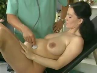 Göwreli aýaly study and fucked by the doktor: mugt porno 61
