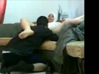 Arab juutalainen tyttö sisään toimisto kanssa hänen asiakas