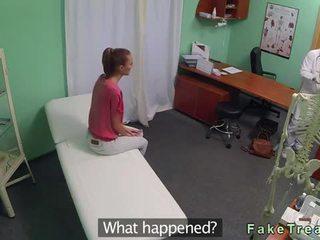 Rjavolaska rit licked in zajebal s doktor video